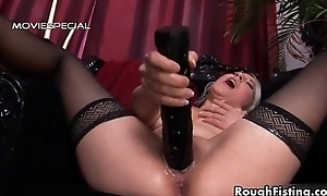 Sexy blonde whore gets her cunt finger