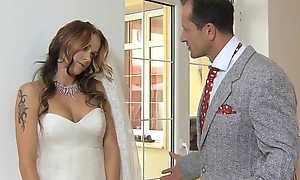 MOM Join in matrimony to be get fucked at her wedding