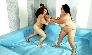 BBW Fight Fustigate