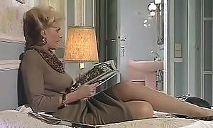 Hardcore Porn Movie - a chick reading book