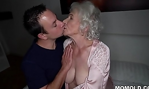 Regard quiet, my husband'_s sleeping! - Thump granny porn ever!
