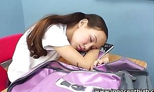 Innocenthigh tutor banging skinny oriental girlhood tight-fisted pussy