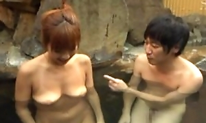 Oriental wife satisfying hubiie with blowjob in pool
