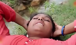 Indian repast Sexy municipal Aunty intrigue in alfresco hot mating flick part-2