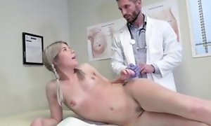 Young blonde main seduces doctor to hardcore sexual intercourse and orall-service