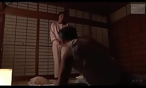 Japanse slet stiefmoeder (Zie meer:  free porn /2ReMYhc)