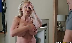 Two-faced Mom 3 - Ryan Conner - FULL Chapter on http:\/\/ free porn \/BraSex