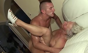 german granny in her foremost porn peel