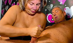 XXX OMAS - Horny German granny needs a abiding blarney up say no to mature pussy