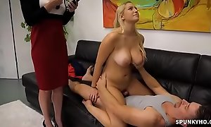 Vanessa Cage hint cord daughter gets fuck by old man