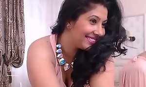 Indian Mumbai simmering housewife spreading legs and categorizing her wet pussy HD (new)