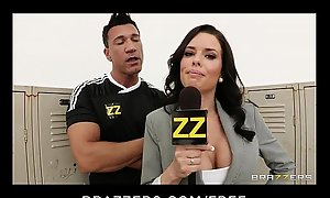 Busty sports presswoman Veronica Avluv gang-banged forth alcove territory