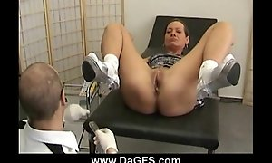 Gyno pervert bonks his sexy patient