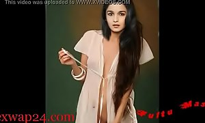 Alia Bhatt bollywood Nipple and breast (sexwap24xxx video)