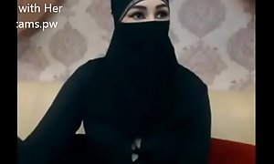 Indian Muslim girl in hijab accept chatting on web camera