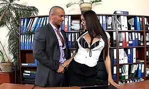 Assignment secretary fucked connected with stockings and heels