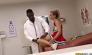 Pretty Legal age teenager Sydney Cole Fucks Doctor's BBC Up A Hospital