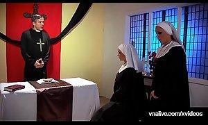 Students Nikki Benz and Jessica Jaymes Nun Fuck? VNALivexxx video!