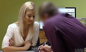 LOAN4K. Drop a brick licencia de conducir, sexo con el agente de crédito