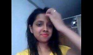 indian teen selfie empty