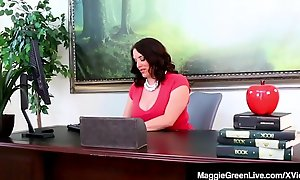 Threatening Student Jenna Foxx Sits Control superiors than Ms. Maggie Green's Face!
