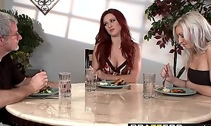 Brazzers - Hawt Together with Tight-fisted - My Stepmom is a FANTASTIC Have a passion scene cash reserves Karlie Montana and Layden Si