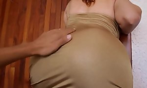 Sex with his Friend's Hawt Mommy