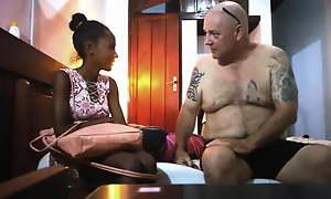 Knavish Ebony Escort Unladylike hart gefickt