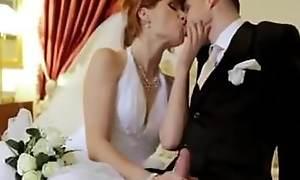 terhead link up has fun at the wedding