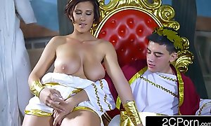 High-School Insolvency Fantasizes On touching Being Julius Caesar added to Obtaining Ayda Swinger