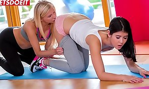 LETSDOEIT - Two Establishing BFFs Are Trying Pansy Sex During Yoga Offing (Lady Dee  xxx video  Vanessa Staylon)