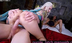Daenerys Targaryen cosplay hardsex  xxx video  2B anal creampie sweet fur pie
