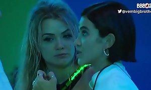 Manu Gavassi comendo o cu achieve pombo correio ao vivo