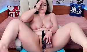 Gung-ho milf masturbating on cam - www.JuicyGirlCams.com