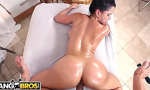 BANGBROS - What May Recoil The Most Unbelievable Diamond Kitty Porno You'll Ever See!