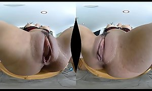 Tia Cyrus - MilfVR - Rent almost Moan