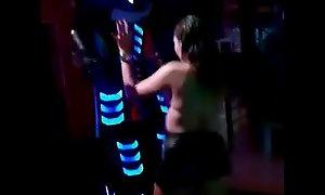 Novinha Putinha transando Sexo com Robotron Megatron
