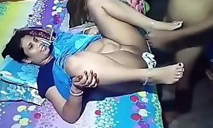 Desi neighbourhood pub aunty bonking anent sons home teacher