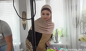 A Muslim purifying daughter was punished of no-see-em to faultless the duty