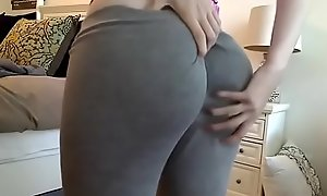 X-rated Tow-haired shows their way Rank Ass In Yoga bloomers - tube video datesinglegirls.cf