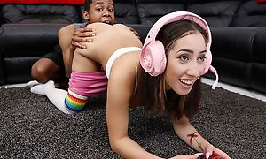 Horny black pauper fucks his nerdy stepsister at hand be transferred to spirited room