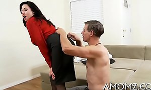 Mature pussy needs despondent banging