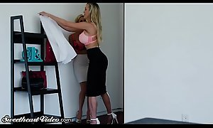 Brandi Dote on added to xxx  Alexis Fawx Rim, Nuzzle together with Swept off one's feet Again Other!