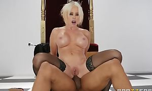 Pale MILF in Stygian nylons acquires drilled in the ass