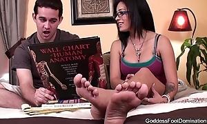 Foot Talisman Coed Peer Tutor