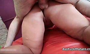 Fat old mature lady loves getting screwed