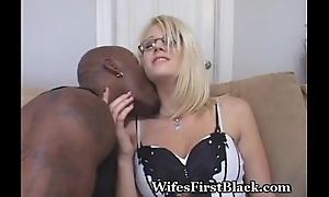 Wife Wants To Fuck A Insidious Guy